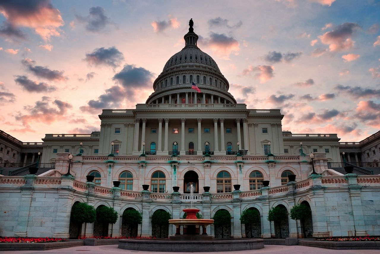The capital building in Washington, DC at sunset