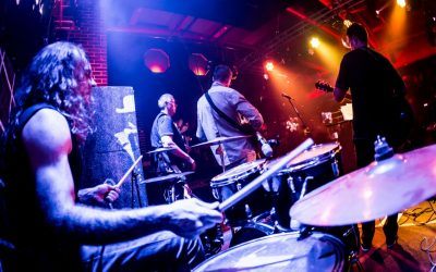 Musicians' Health: Older musicians are canceling tours!