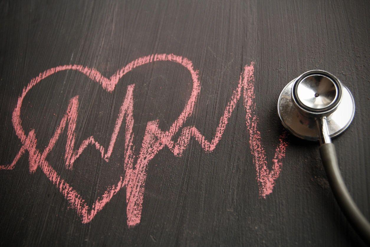 heartbeat rhythm with stethoscope